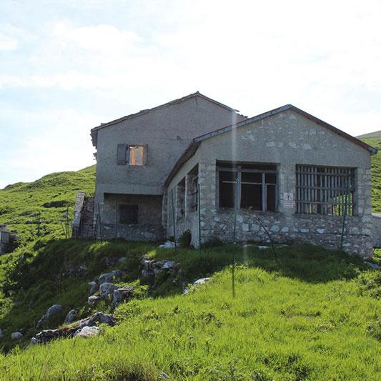"""""""Malga Ardosa"""" sul Monte Grappa..."""